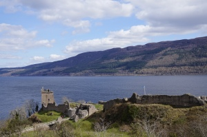 Le Loch Ness et le Urquhart Castle