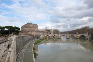 Le château et le pont Saint-Ange